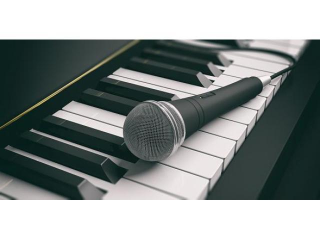 Professeur de piano propose des cours