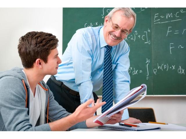 Professeur de Mathématiques ÷Sciences-