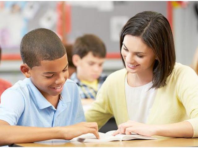 Aide aux devoirs/soutien scolaire