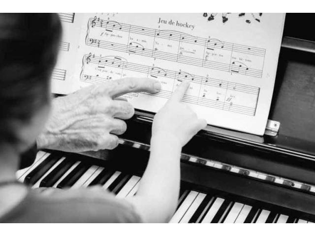 Cours de piano, solfège, violon