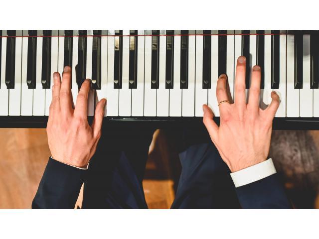 Cours Piano   Batterie   Chant