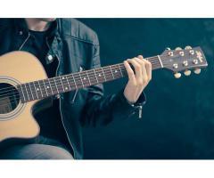 Personne pouvant se déplacer pour donner des cours de guitare classique