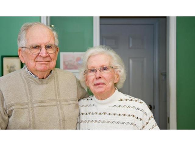 Garde de personnes âgées en semaine