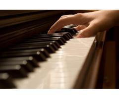 (H) propose des cours de piano - Paris (75012)