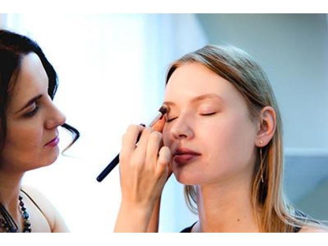 Maquillage à votre domicile