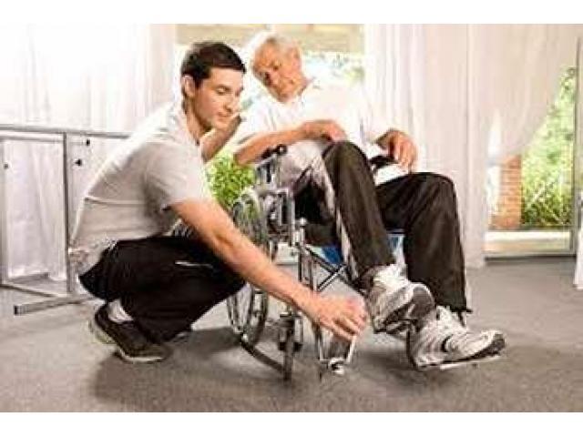 Recherche une personne pour assister un homme handicapé