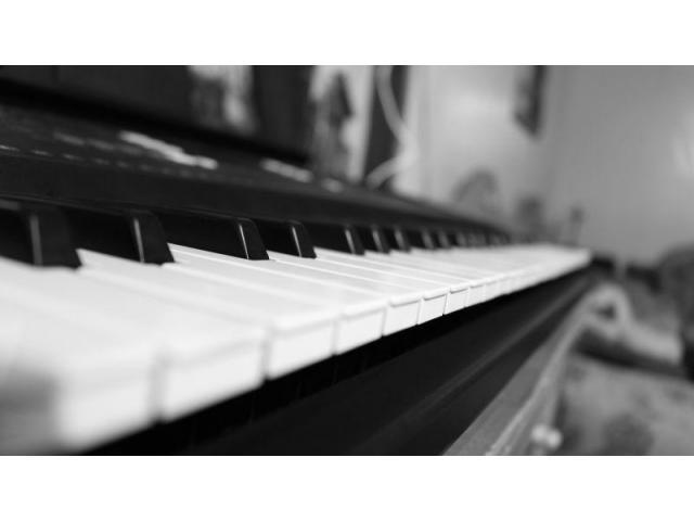Apprenez le piano avec l'aide d'une pro !