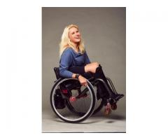 Femme en fauteuil roulant cherche une femme retraitée - Mantes-la-Jolie (78200)