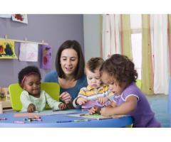 Etudiante cherche travail comme babysitter - Rungis (94150)