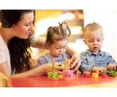 Babysitters bilingues recherchés - Paris (75007)