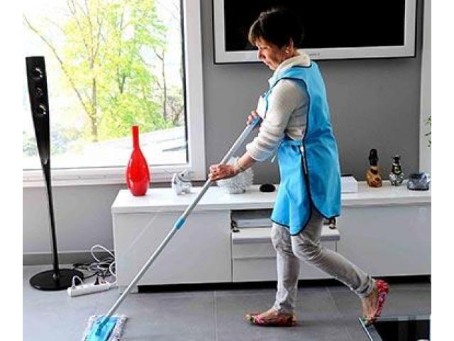 Lavage de murs et nettoyage