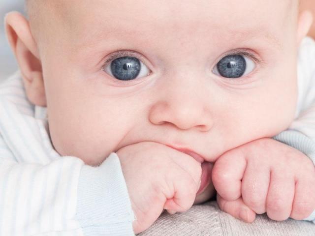 Recherche un(e) babysitter