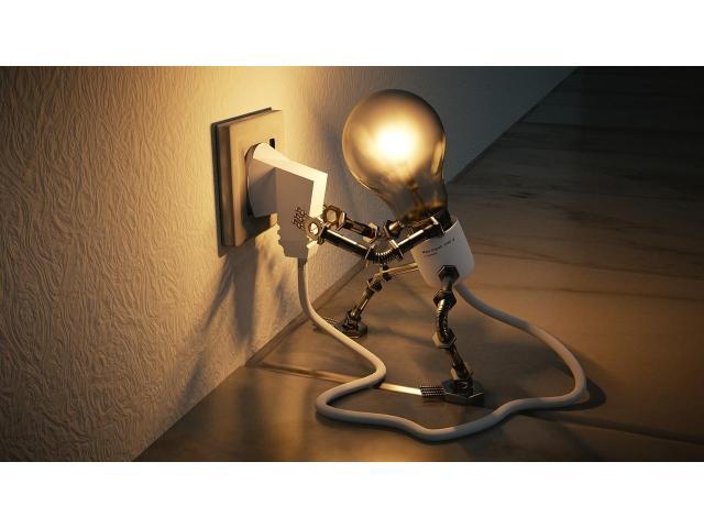 Spécialiste en petits travaux électricité